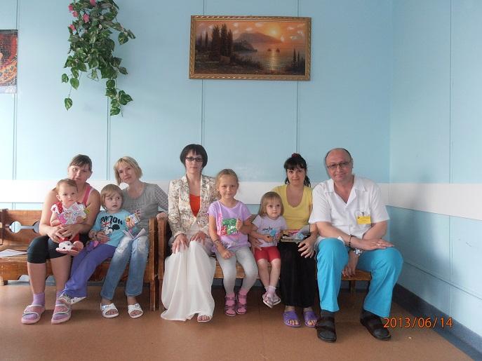 Лето - это маленькая жизнь, детский праздник в НИИ Педиатрии